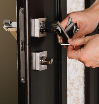 Servicio - Instalación de todo tipo de cerraduras y Sistemas de seguridad